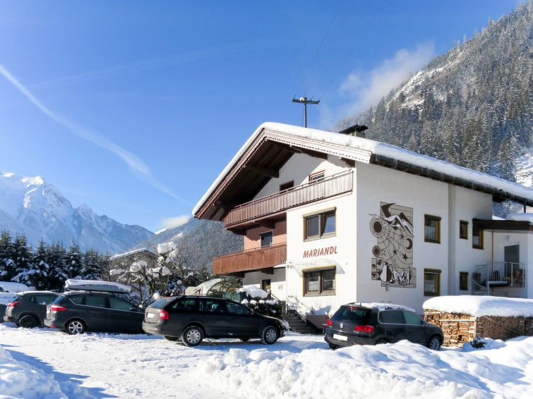 Mayrhofen Holiday Home Sleeps 36 with Free WiFi - 5637837 Chalet in Mayrhofen