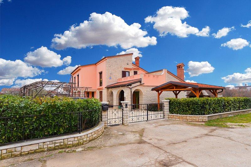 Apartment 28181, holiday rental in Vintijan