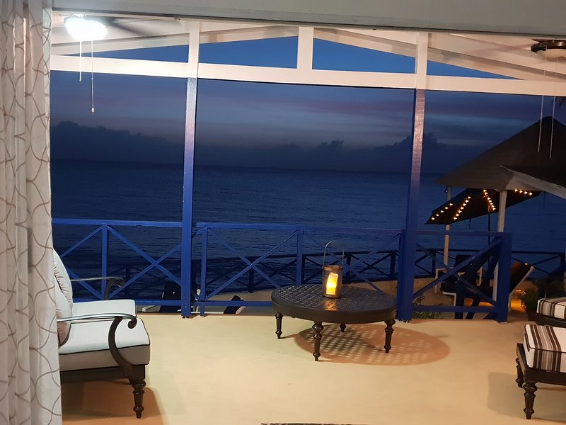 Little Reef Villa, holiday rental in Fitts