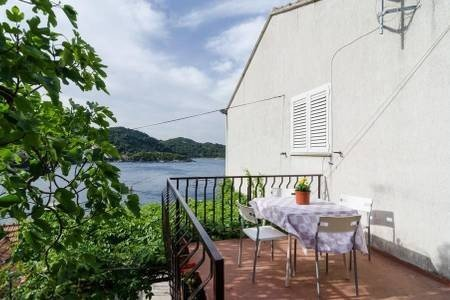 Apartment Marija Mljet - Two Bedroom Apartment With Terrace And Sea View, holiday rental in Sobra