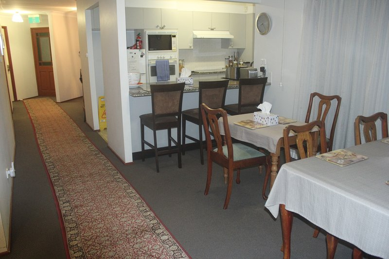 Accommodation in Newcastle - Opposite John Hunter and Newcastle Private Hospital, location de vacances à New Lambton