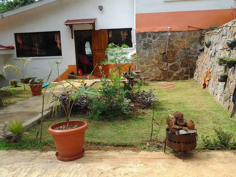 Amazing house with terrace & Wifi, alquiler vacacional en La Misere