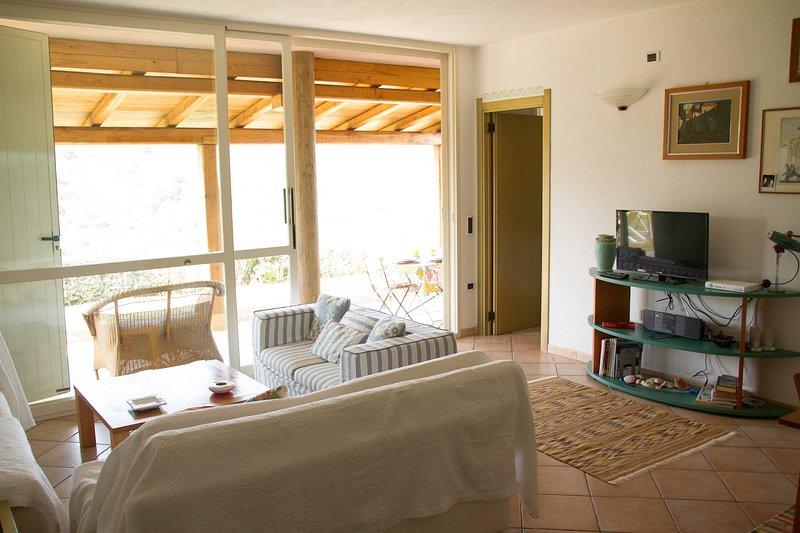 Dependance in Costa Smeralda, vacation rental in Cugnana Verde