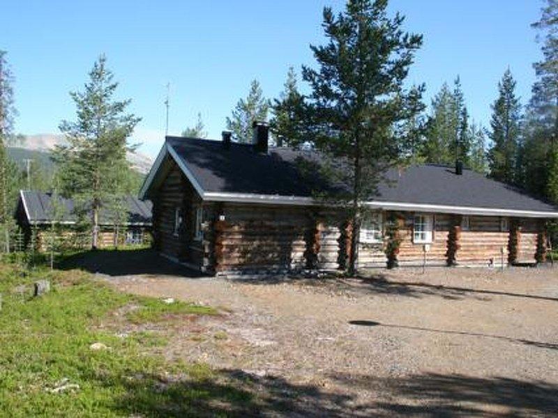 Lomaylläs a 11 / hotellintie 5 a, holiday rental in Kolari