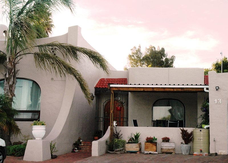 The Pomegranate Guesthouse, vacation rental in Table Mountain National Park