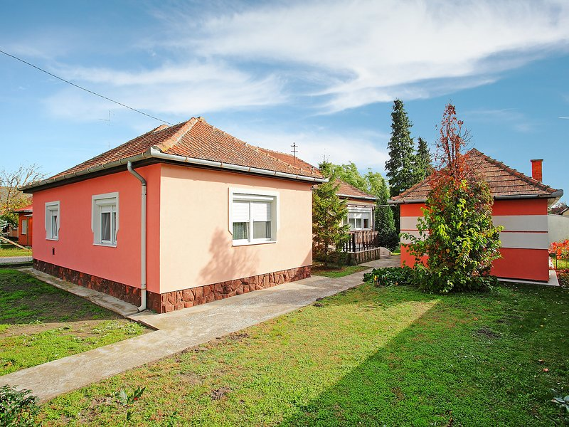 Apricot, vacation rental in Balatonfenyves