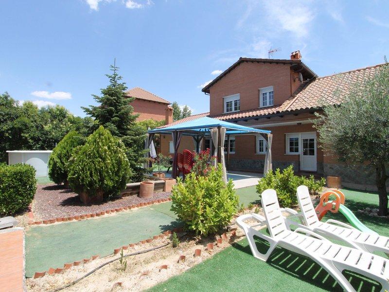 CASA DEL VALLE, vacation rental in Sesena Nuevo