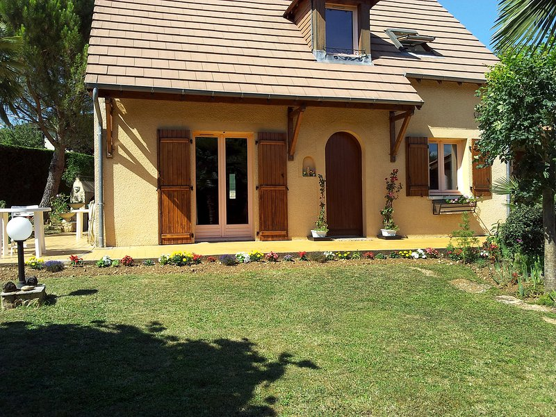 Villa Cocoon, holiday rental in Gourdon