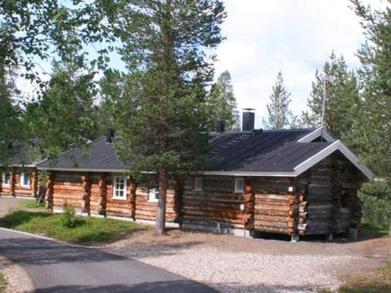 Lomaylläs j153/tunturipolku 7a, holiday rental in Kolari