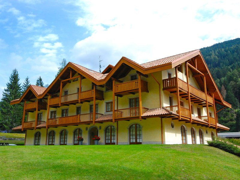 Holidays Dolomiti, alquiler vacacional en Giustino