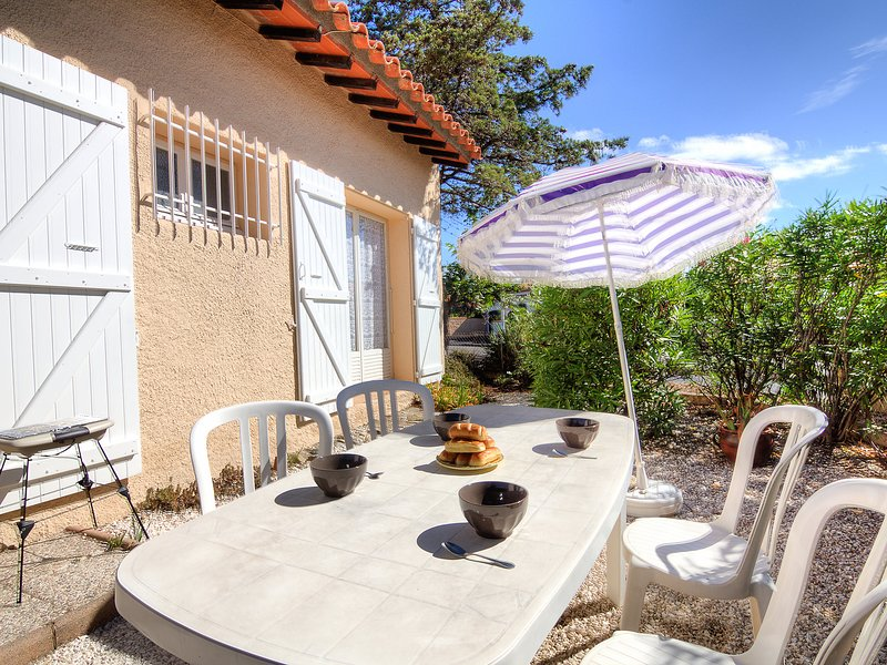 Les Villas de l'Aygual, holiday rental in Saint-Cyprien-Plage