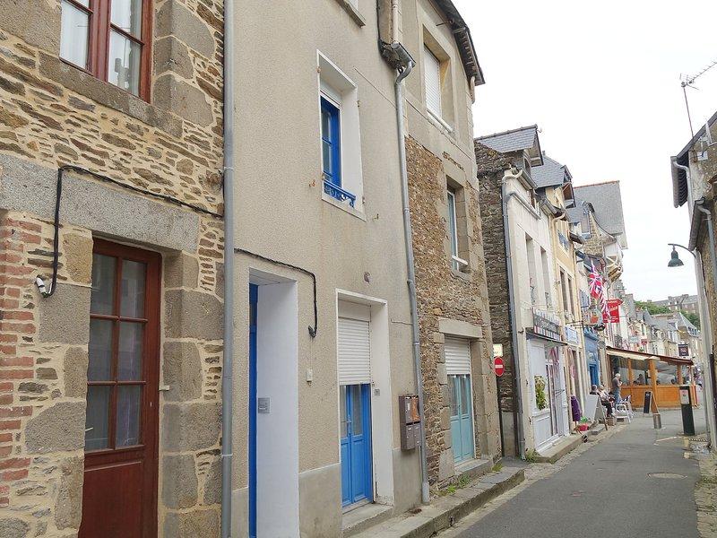 Le Vieux Port, vacation rental in Saint-Benoit-des-Ondes