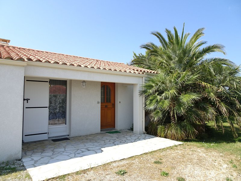 Antioche, holiday rental in Le Chateau d'Oleron
