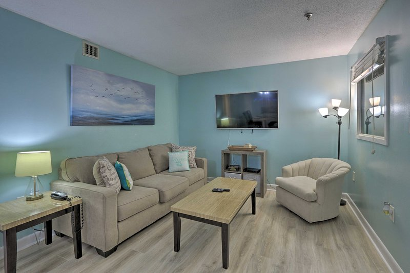 Make your way to Hilton Head and stay at this updated condo.