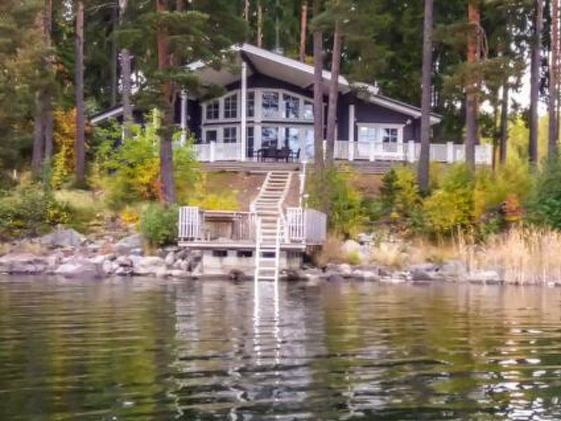 Villa ulappa, vacation rental in Luopioinen