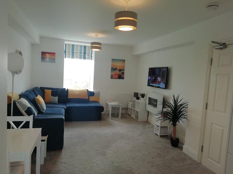 Rhodri Apartment - Sea Views and Sun Terrace, location de vacances à Trearddur Bay