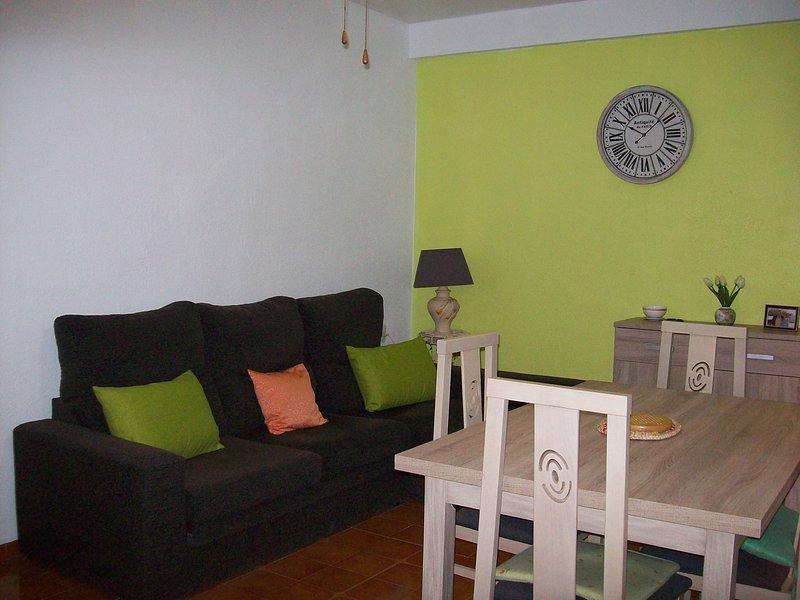 Nice apartment near the beach, vacation rental in Retamar