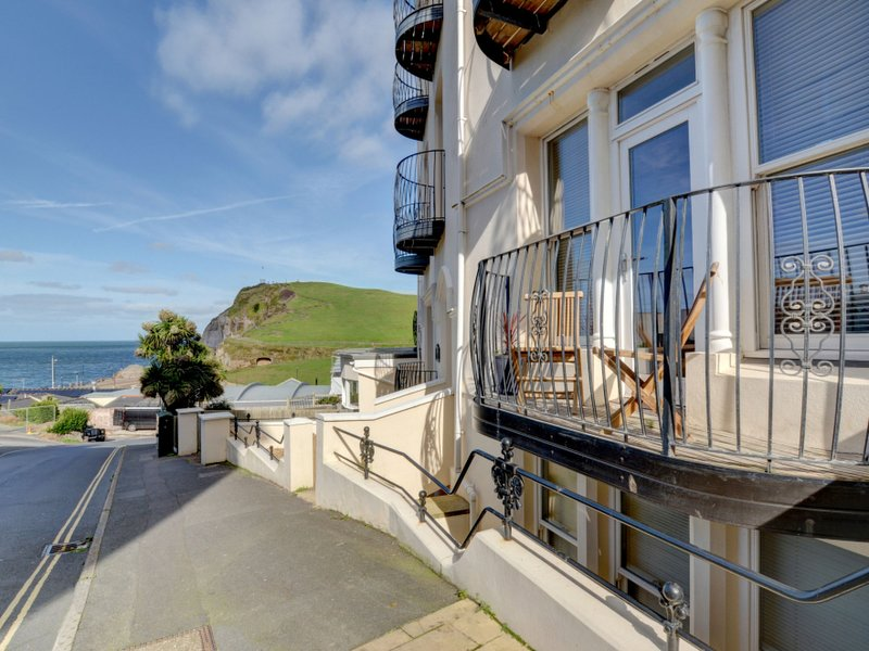 6 Cove View, holiday rental in Ilfracombe