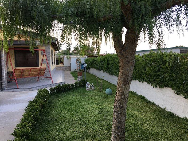 Villa à 250 mètres de la mer et à trois minutes en voiture de la ville de Marzamemi et des zones touristiques.