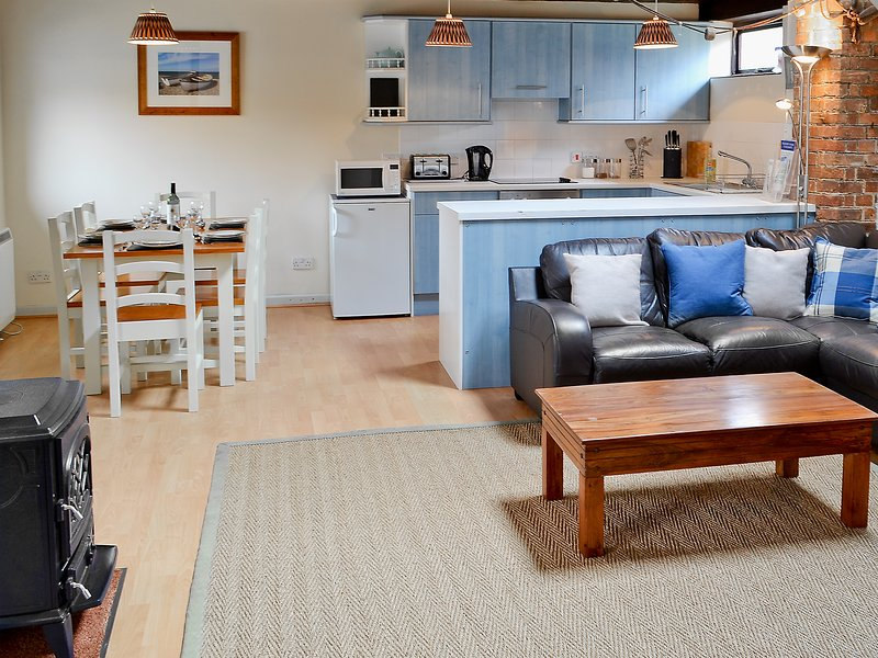 Trailor Cottage, holiday rental in Salthouse