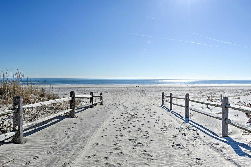 Calcia le scarpe e mettiti le dita dei piedi nella sabbia, grazie a questa casa di Ocean City!