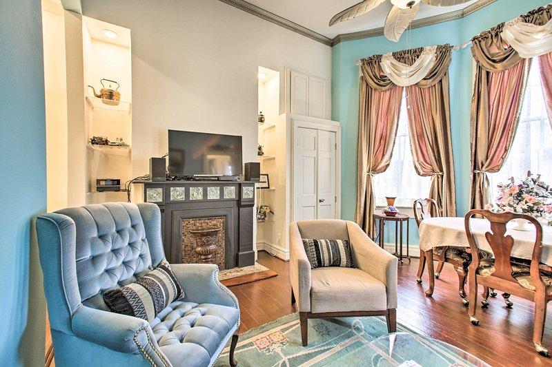 Ravviva la tua vacanza NOLA con un soggiorno in questo appartamento storico e vibrante!