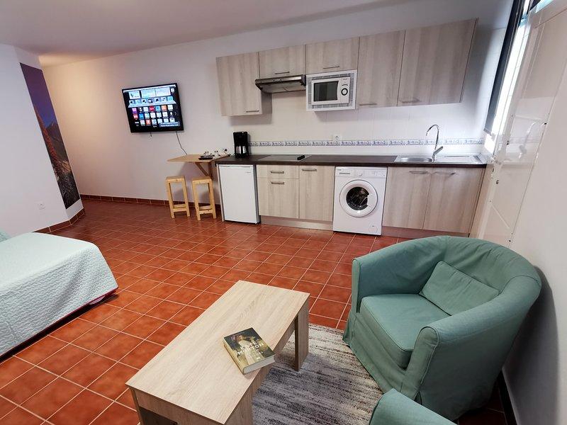 Casa del Sur. Tranquilidad, en una zona rural, holiday rental in Chimiche