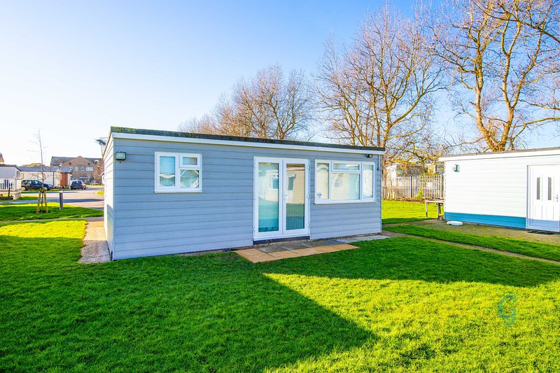 K65 - Camber Sands Holiday Park - Sleeps 6 - Lots of outside playing space, casa vacanza a Brookland