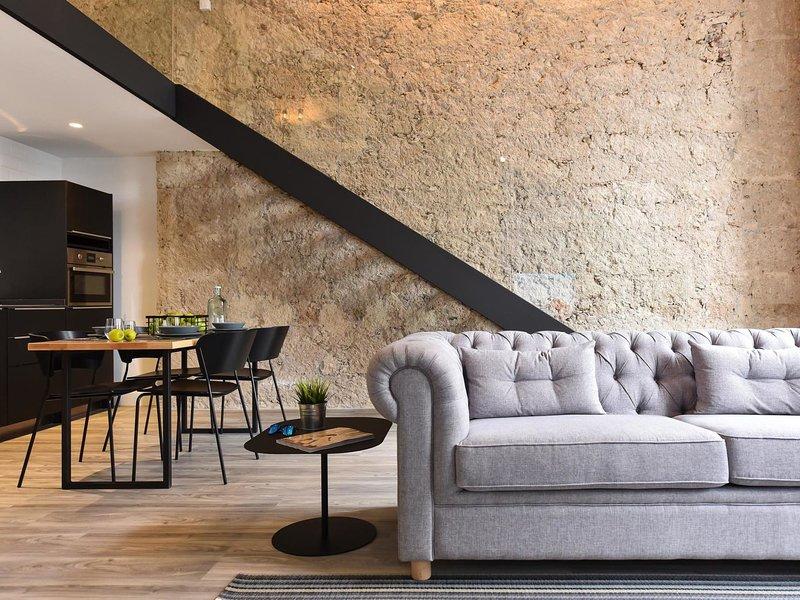 Luxury Apartment Mar OFF TRIANA, aluguéis de temporada em Pino Santo