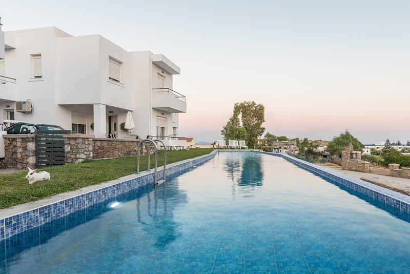 Gennadi Summer Villas Sharing Pool No1, holiday rental in Apolakkia