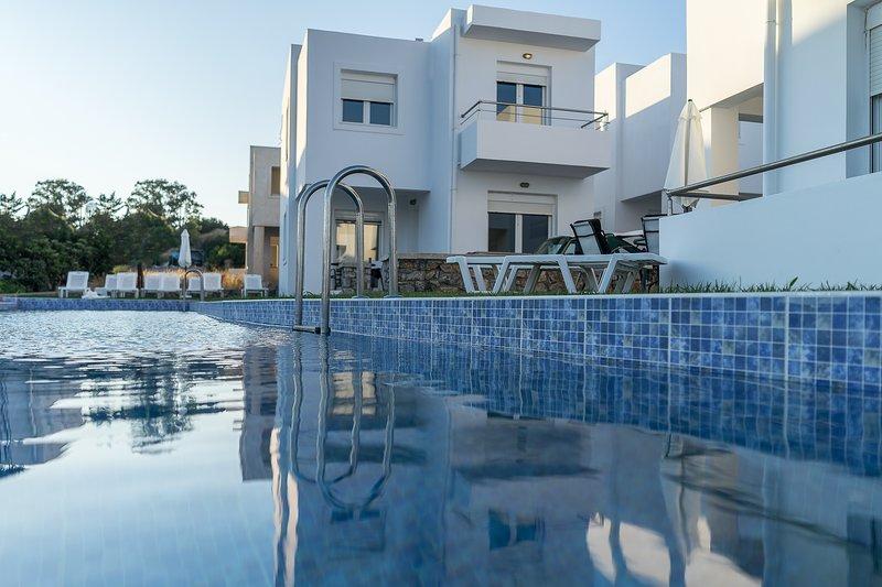 Gennadi Summer Villas Sharing Pool No2, holiday rental in Apolakkia