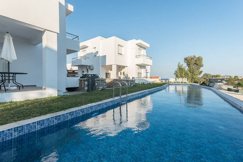 Gennadi Summer Villa Sharing Pool No3, holiday rental in Apolakkia