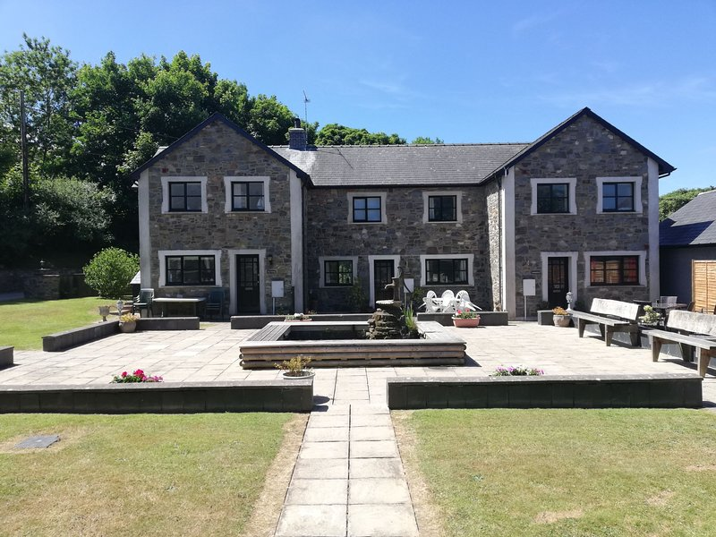 Ty Canol, vacation rental in New Quay