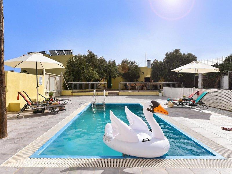 Los Algodones Cottage with Pool, location de vacances à Carrizal
