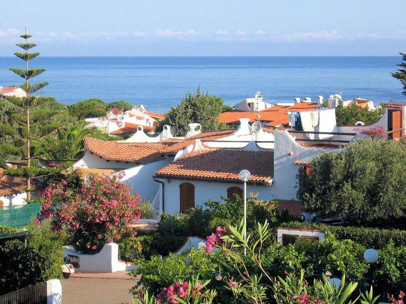 Sa Fiorida - Tipo A mono, holiday rental in La Muddizza