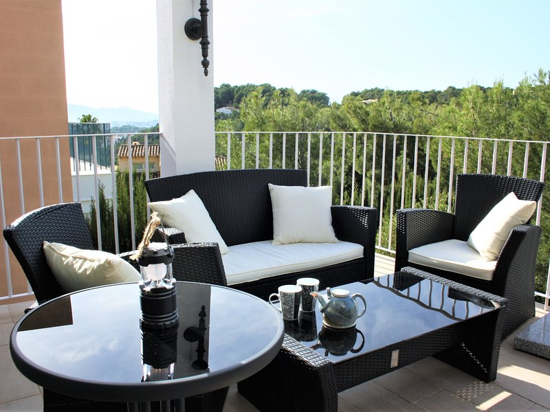 Townhouse in the mountains in Sierra Altea with panoramic views, holiday rental in Tarbena