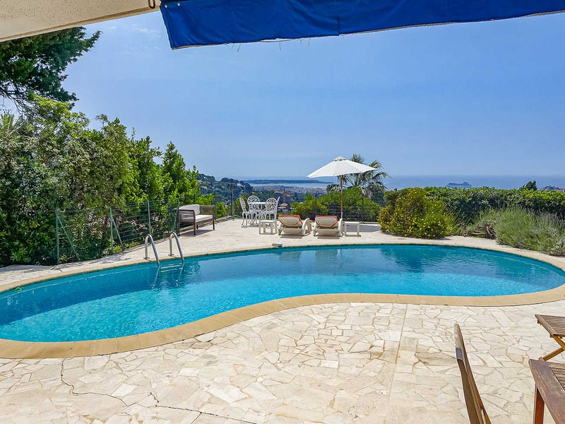 Apartamento vacacional con piscina privada, Le Cannet, Riviera Francesa, casa vacanza a Le Cannet