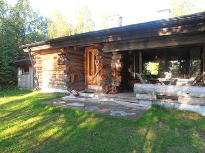 Mustalampi 1 joutsenlampi, holiday rental in Rukajarvi