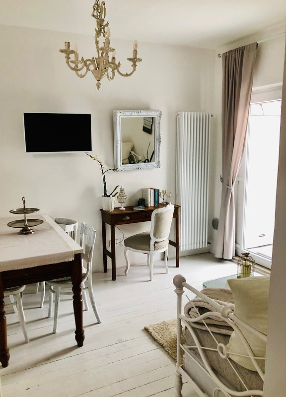 OSPITE al N5 home, holiday rental in Vicoforte