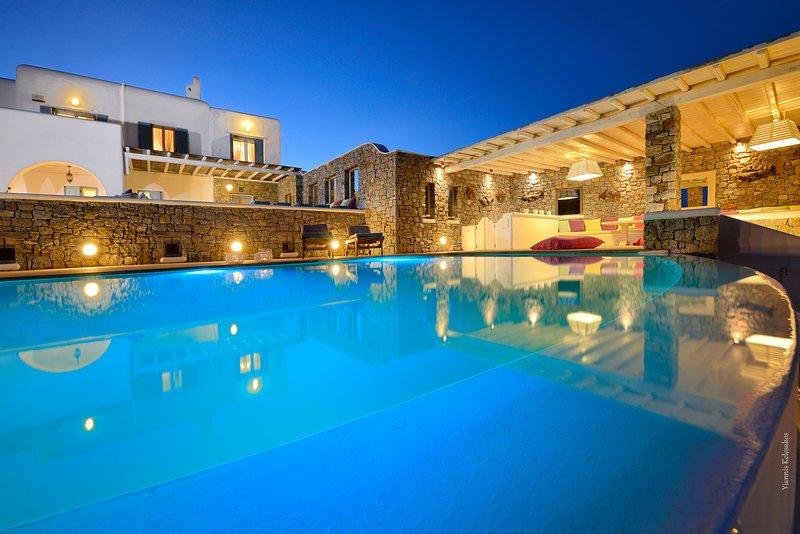 Luna Sea Villa, holiday rental in Kalafatis