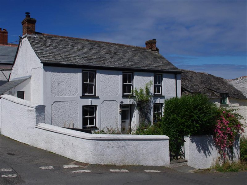 Paradise, holiday rental in Boscastle