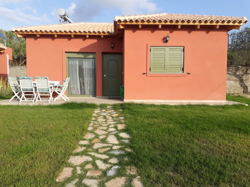 Comfeto Sweet House, holiday rental in Lakithra