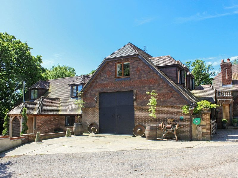 Coombe Wood Coach House, vacation rental in Folkestone