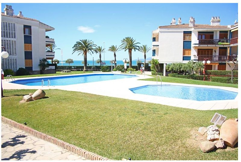 Appartement confortable à 20 m de la plage de Cambrils, Ferienwohnung in Cambrils
