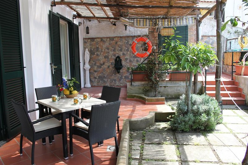 Eden Holiday A, holiday rental in Minori