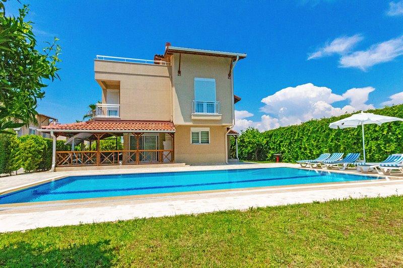 Paradise Town Villa Alison, vacation rental in Belek