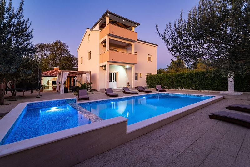 Villa Luce, holiday rental in Stankovci