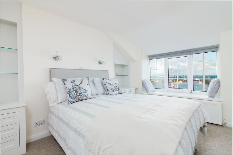 Quay Cottage, vacation rental in Ballabeg
