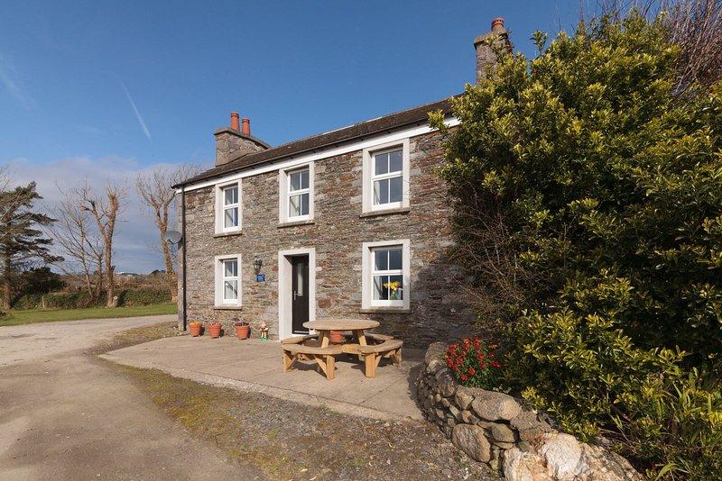 Balladuke Farmhouse, holiday rental in St Johns