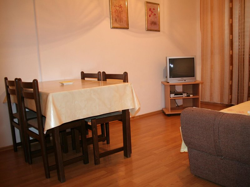 HOUSE BRUNO, location de vacances à Stinjan